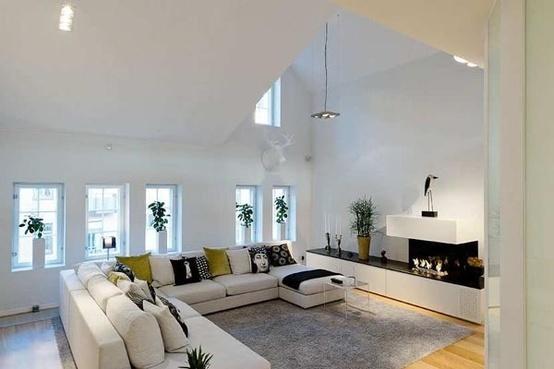 Salones con chimeneas estilo escandinavo for Casa estilo nordico minimalista