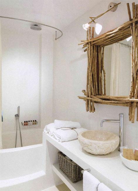 Decorar con troncos de madera estilo escandinavo for Espejos para banos con marco de madera