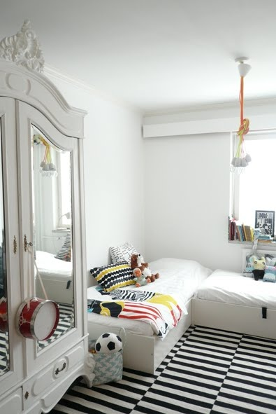 unisex_bedroom_03