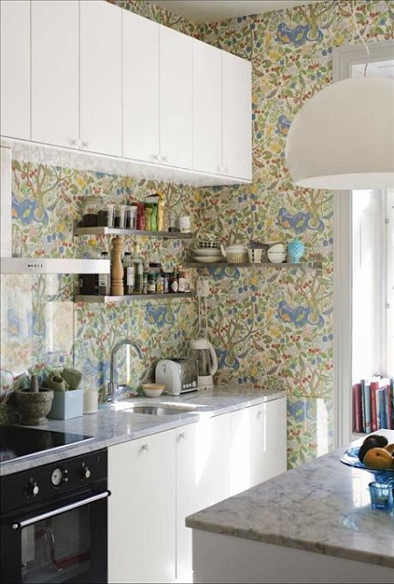 wallpaper-in-the-kitchen-03