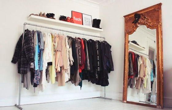 Perchero a la vista decorar tu casa es for Perchero de ropa